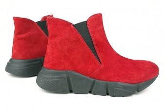 009 Ботинки замшевые женские