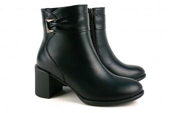 9966 Стильные ботинки на каблуке