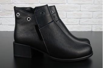 0028 Ботинки женские