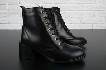 5012 Ботинки на каблуке